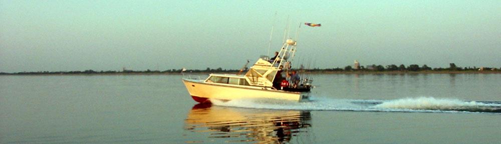 Hooker too lake superior fishing boat lake superior for Lake superior fishing charters