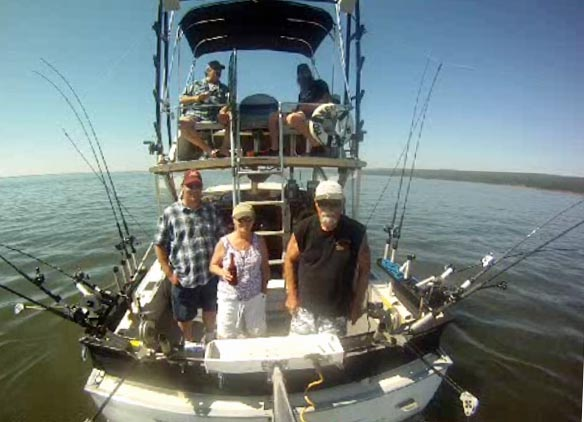 Hooker too back lake superior fishing charter for Charter fishing duluth mn